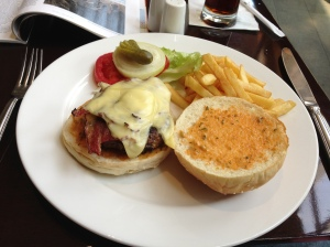 The Park Lane Cheeseburger