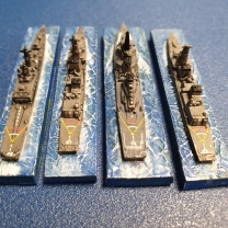 Modern Japanese naval vessels - 1/3000 scale model in plastic from Fujimi
